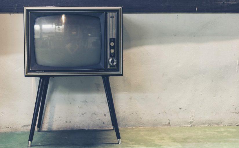 Wspólny spokój przed tv, czy też niedzielne serialowe popołudnie, umila nam czas wolny ,a także pozwala się zrelaksować.